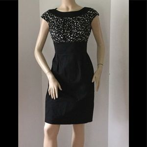 Maggie London Petites Sz. 10 Black & White  Dress